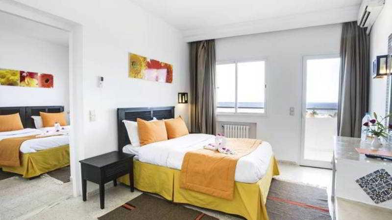 Hotel Tropicana Skanes