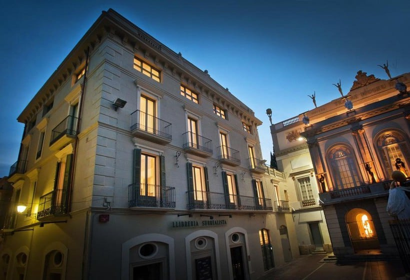 Exterior The Museum Apartments Figueres