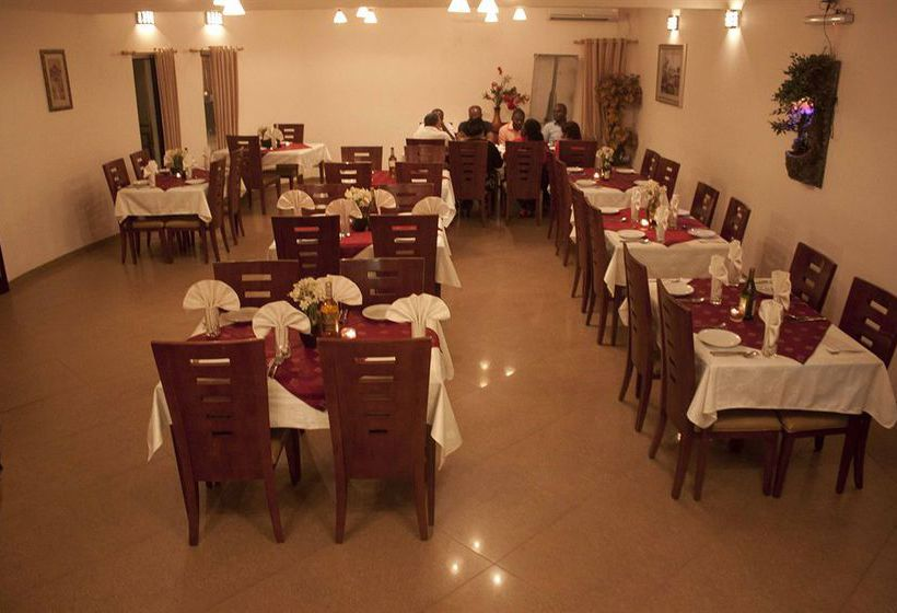 在卢本巴希的3酒店的星级v酒店别墅方案图片