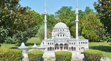 Adonis - Antalya