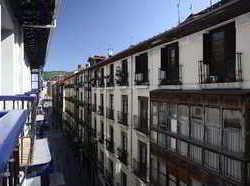 Hoteles baratos en bilbao centro destinia for Hoteles en bilbao con piscina