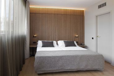 Aparthotel Atenea Barcelona - Barcelona