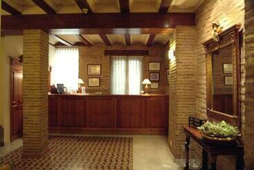 Ad Hoc Monumental 1881 - Valencia