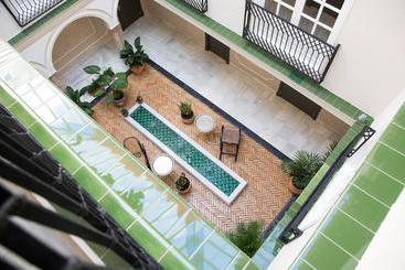 Hotel Gravina 51 - Seville