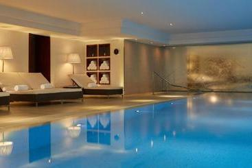 Majestic Hotel - Spa - Parijs