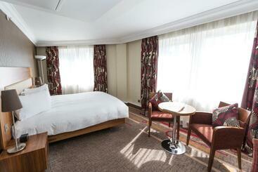 Hilton London Olympia - لندن