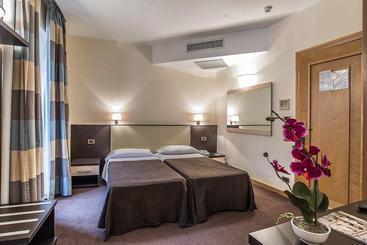 Room Hotel Tritone Rome