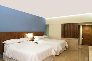 Sheraton Buganvilias Resort & Convention Center - Puerto Vallarta