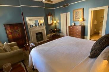 Foley House Inn - Savannah