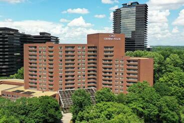 Crowne Plaza  Atlanta Perimeter At Ravinia, An Ihg - Atlanta