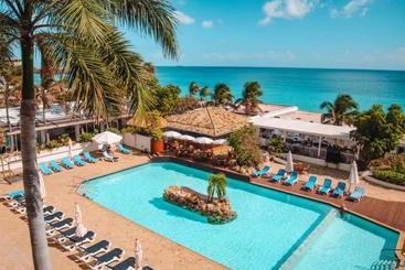 Sapphire Beach Club Resort - San Martin