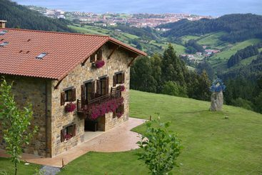 Casa Rural Lurdeia  Adults Only - Bermeo