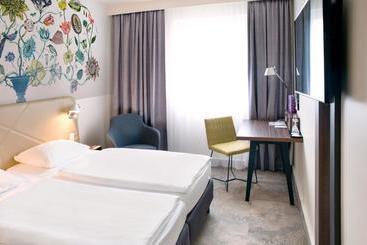 Mercure Hotel Berlin City -                             Berlín