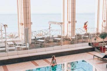Hyatt Regency Nice Palais De La Méditerranée - Nice