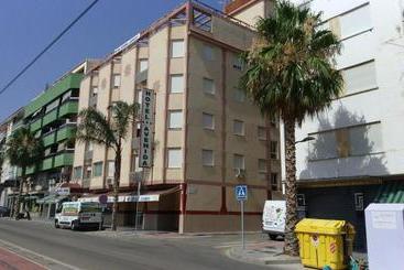 Avenida - Vélez-Málaga
