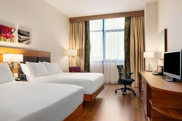 Hilton Garden Inn Málaga - Málaga