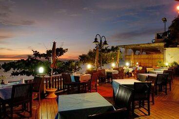 Long Beach Garden  & Pavilions - Pattaya