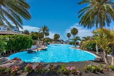 Gran Castillo Tagoro Family & Fun Playa Blanca - Playa Blanca