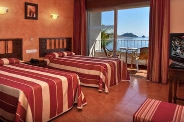 Hotel Arrayanes Playa Almu��car