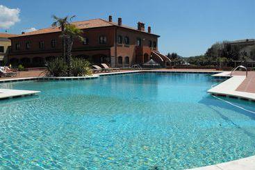 Il Picciolo Etna Golf Resort & Golf - 郎世寧西西里