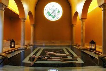 Gran  Las Caldas Wellness Clinic - Oviedo