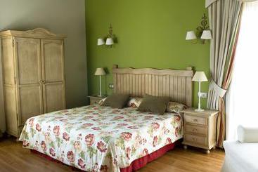 The Legacy Hotel Cortijo Salinas  - Ronda