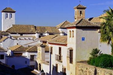 Santa Isabel La Real - Granada