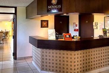 Hotel au comte d 39 ornon en gradignan destinia for Logis de france toulouse