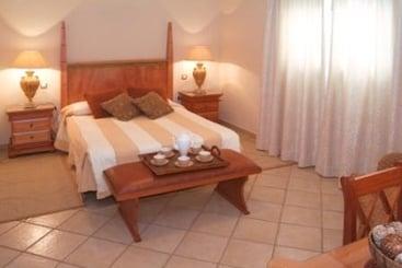 Pearly Grey Ocean Club Apartments & Suites - Callao Salvaje