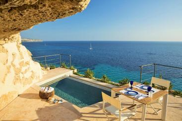 Cap Rocat, A Small Luxury  Of The World - Cala Blava