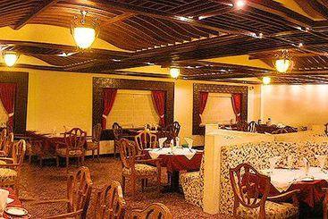 Hotel grand arjun raipur las mejores ofertas con destinia for Cajeros en matalascanas