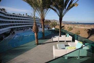 Santa Mónica Suites - Playa del Inglés