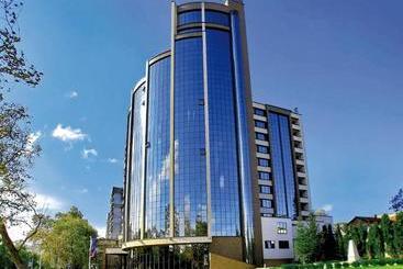 Rosslyn Dimyat  Varna - Varna