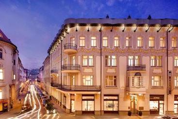 Roset Boutique - Bratislava