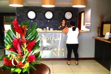 Sarah Nui - Papeete