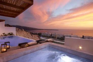 Oia Santo Maris Luxury Suites And Spa - Санторини