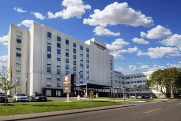 Doubletree By Hilton Hotel Niagara Falls New York - 나이아가라 폴즈