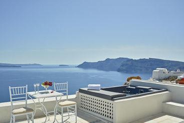 La Maltese Oia Luxury Suites - Oia
