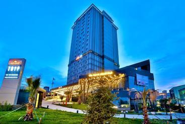 Tryp By Wyndham Istanbul Airport - Istanbul