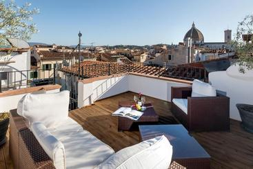 Residenza Conte Di Cavour & Rooftop - ???
