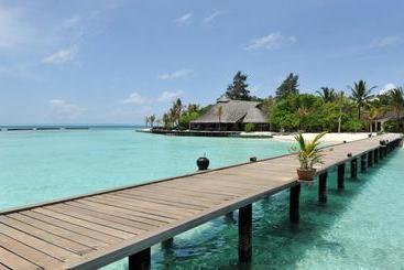 Komandoo Island Resort & Spa - Kuredu