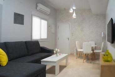 Cartuja Suite -                             Sevilla
