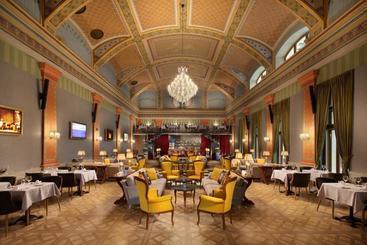 Mystery Hotel Budapest - Budapest