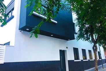B & Butik Almeria Centro -