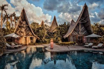 Own Villa Bali - Canggu