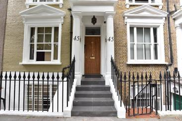 Kempsford House Apartments - London
