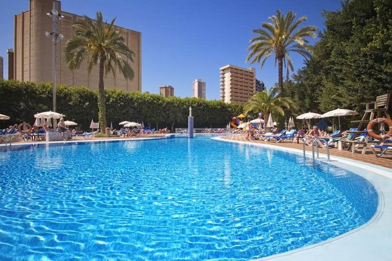 Hotel servigroup venus en benidorm destinia for Piscinas benidorm
