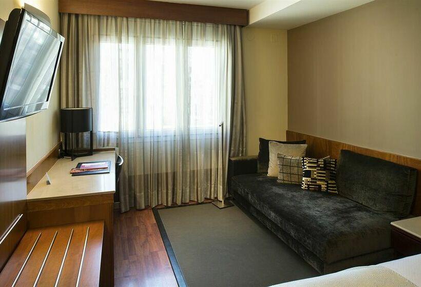 Hotel catalonia diagonal centro en barcelona destinia for Hoteles en bcn centro