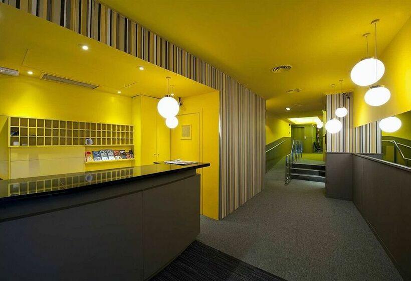 Hotel moderno en barcelona desde 24 destinia - Hoteles modernos espana ...