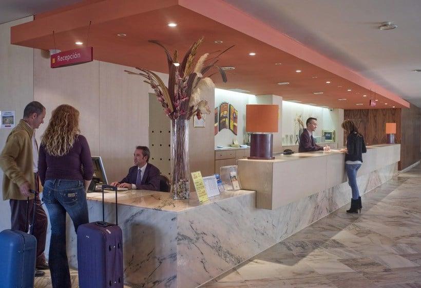 Recepción Gran Hotel del Coto Matalascañas